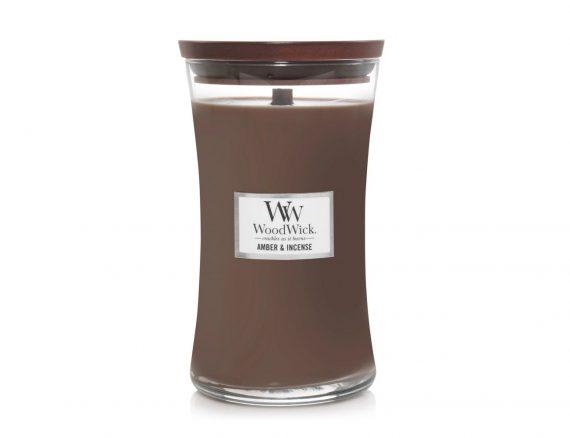 """Aromatinė žvakė WoodWick """"Gintaras ir smilkalai"""""""